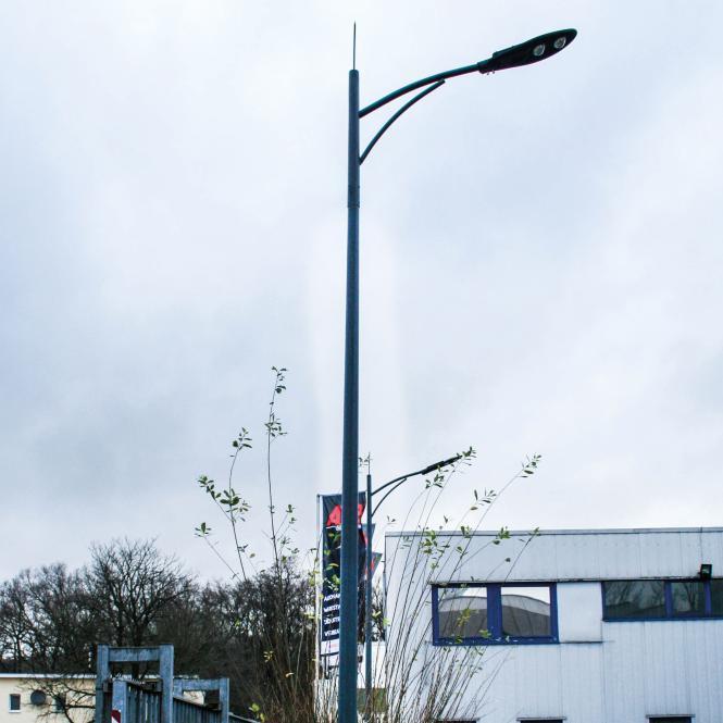 "Mast for street lamp ""single arm"""