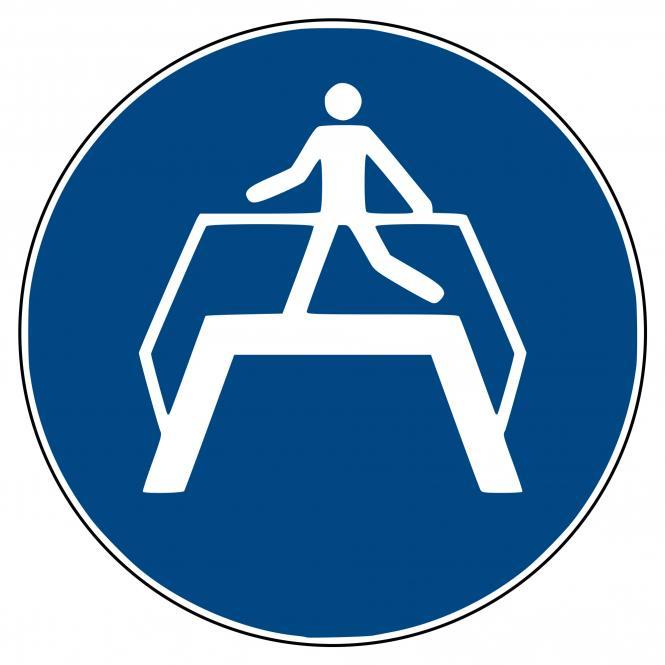 Mandatory Signs according to ASR A1.3 and DIN EN | Übergang benutzen | Plastic